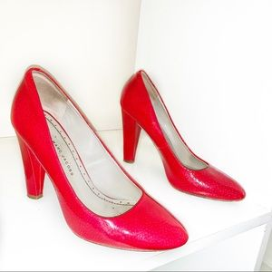 Red Patent Leather Marc Jacobs Pumps